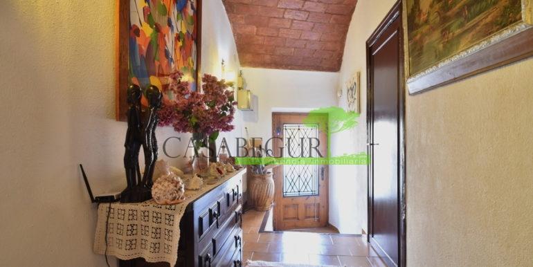 ref-1356-sale-apartment-center-begur-buy-garden-patio-townhouse-6