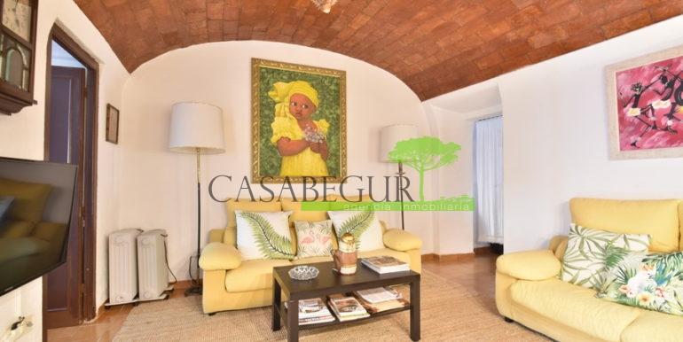 ref-1356-sale-apartment-center-begur-buy-garden-patio-townhouse-9