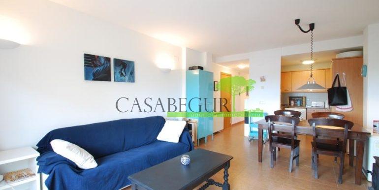 ref-1357-sale-appartment-center-begur-town-pool-garage-parking-mountains-views0