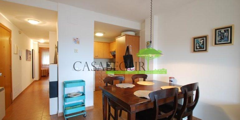ref-1357-sale-appartment-center-begur-town-pool-garage-parking-mountains-views2