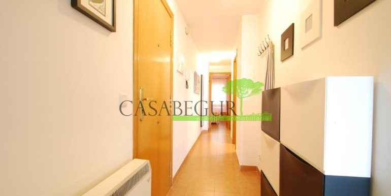 ref-1357-sale-appartment-center-begur-town-pool-garage-parking-mountains-views8