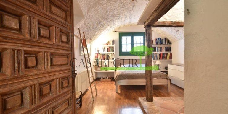 ref-1358-sale-townhouse-casa-de-pueblo-venta-property-center-of-begur-garden-garage13