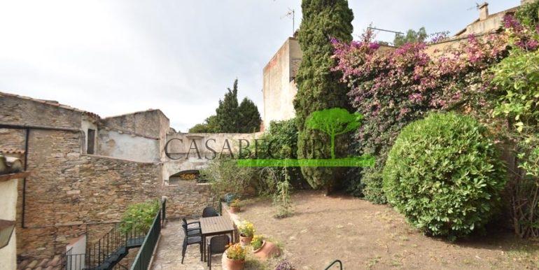 ref-1358-sale-townhouse-casa-de-pueblo-venta-property-center-of-begur-garden-garage16