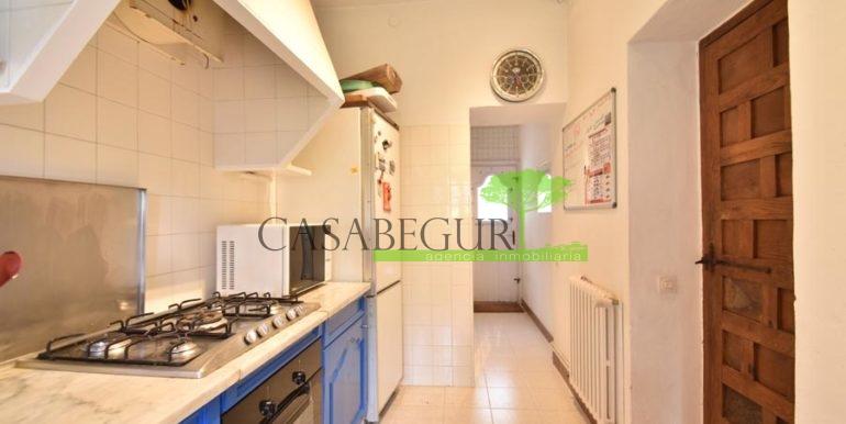 ref-1358-sale-townhouse-casa-de-pueblo-venta-property-center-of-begur-garden-garage23