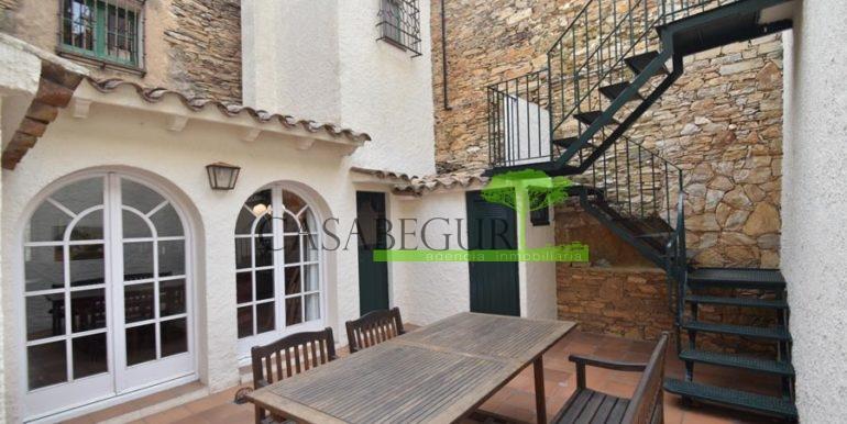 ref-1358-sale-townhouse-casa-de-pueblo-venta-property-center-of-begur-garden-garage24