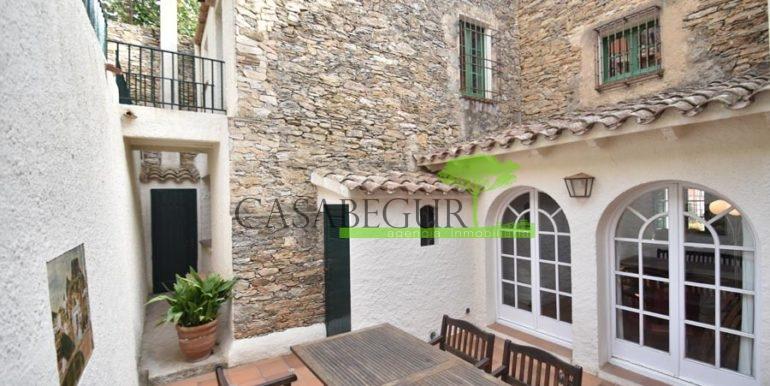 ref-1358-sale-townhouse-casa-de-pueblo-venta-property-center-of-begur-garden-garage25