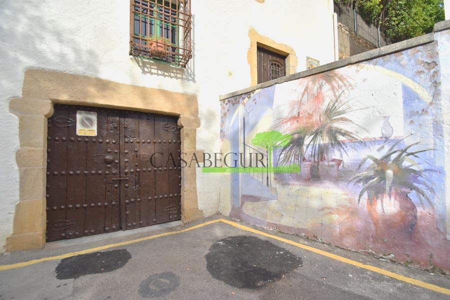 Ref-1358 Maison de village à vendre à Begur, Costa Brava