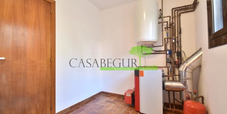 1361-sale-appartment-townhouse-center-begur-garage-costa-brava-house-villa12