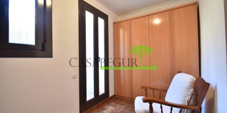 1361-sale-appartment-townhouse-center-begur-garage-costa-brava-house-villa13