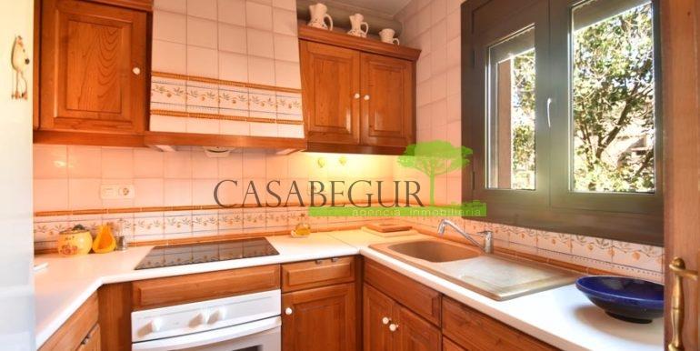 1361-sale-appartment-townhouse-center-begur-garage-costa-brava-house-villa6